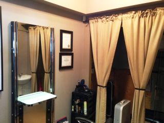 Photo 4: ~ Salon and Spa: Commercial for sale : MLS®# C8008543