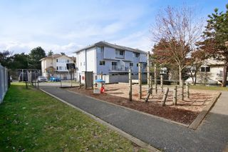 """Photo 20: 44 3087 IMMEL Street in Abbotsford: Central Abbotsford Townhouse for sale in """"Clayburn Estates"""" : MLS®# R2147621"""