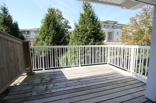 """Photo 9: 209 20750 DUNCAN Way in Langley: Langley City Condo for sale in """"Fairfield Lane"""" : MLS®# R2401176"""