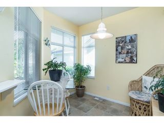 """Photo 6: 13 19649 53 Avenue in Langley: Langley City Townhouse for sale in """"Huntsfield Green"""" : MLS®# R2412498"""