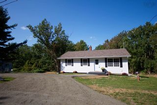 Photo 2: 1683 HIGHWAY 201 in Round Hill: 400-Annapolis County Residential for sale (Annapolis Valley)  : MLS®# 202123917