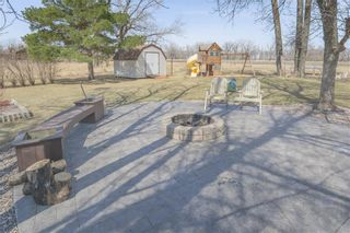 Photo 5: 30 CENTER Street in Lowe Farm: R35 Residential for sale (R35 - South Central Plains)  : MLS®# 202109634