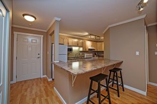 """Photo 4: 205 33165 OLD YALE Road in Abbotsford: Central Abbotsford Condo for sale in """"SOMERSET RIDGE"""" : MLS®# R2081971"""