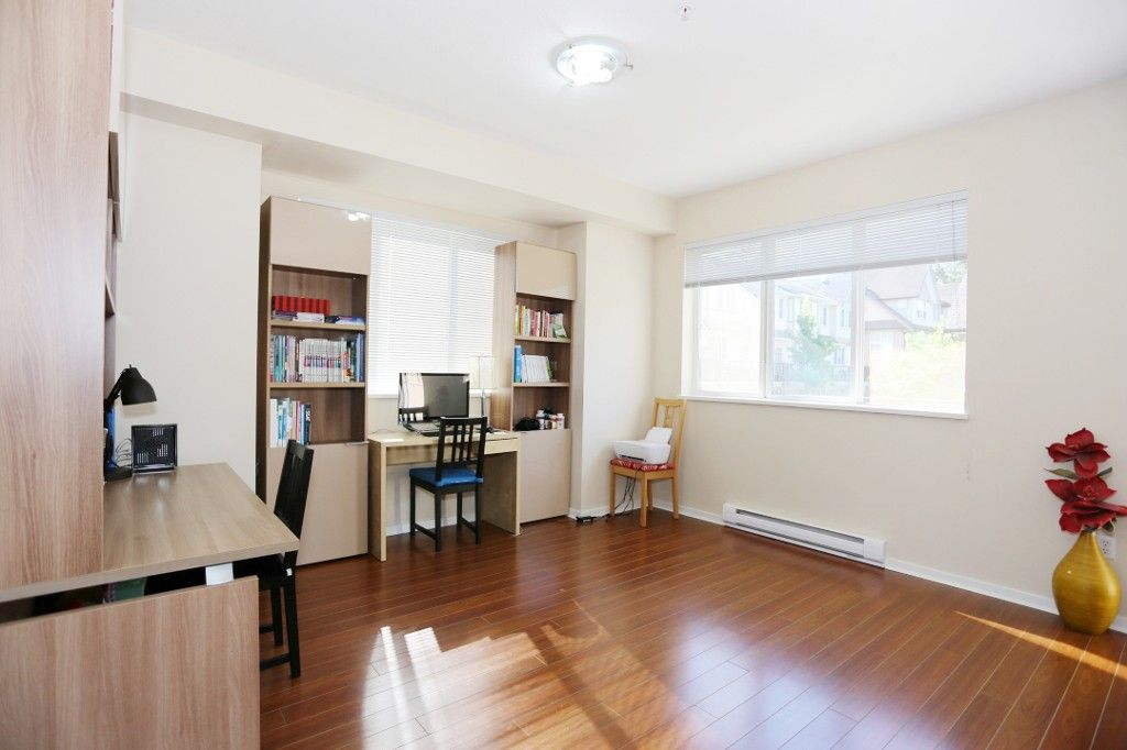 """Photo 8: Photos: 82 8089 209 Street in Langley: Willoughby Heights Townhouse for sale in """"Arborel Park"""" : MLS®# R2067787"""