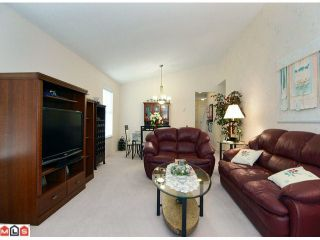 "Photo 5: 1 6537 138TH Street in Surrey: East Newton Townhouse for sale in ""CHARLESTON GREEN"" : MLS®# F1006130"