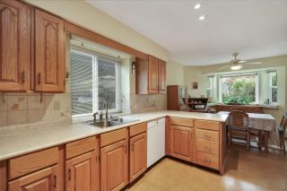 Photo 8: 15049 19A Avenue in Surrey: Sunnyside Park Surrey House for sale (South Surrey White Rock)  : MLS®# R2580183