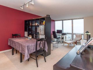 """Photo 6: 2410 3663 CROWLEY Drive in Vancouver: Collingwood VE Condo for sale in """"LATITUTDE"""" (Vancouver East)  : MLS®# R2140003"""