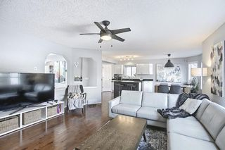 Photo 7:  in Calgary: Valley Ridge Detached for sale : MLS®# A1081088