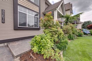 "Photo 4: 32678 GREENE Place in Mission: Mission BC House for sale in ""TUNBRIDGE STATION"" : MLS®# R2388077"
