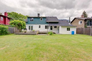 """Photo 2: 41318 KINGSWOOD Road in Squamish: Brackendale House for sale in """"Eagle Run"""" : MLS®# R2277038"""