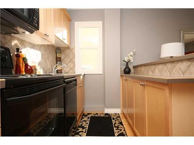 Photo 11: Photos: 203 1021 13 Avenue SW in CALGARY: Connaught Condo for sale (Calgary)  : MLS®# C3541522