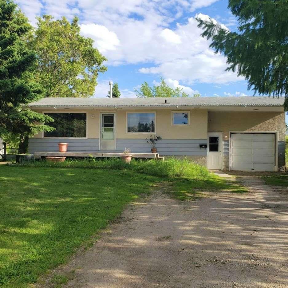 Main Photo: 5117 45 Avenue: Millet House for sale : MLS®# E4201245