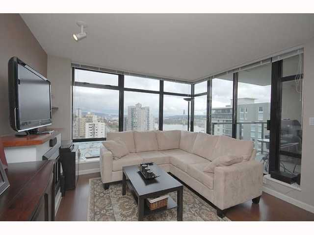 """Photo 5: Photos: 1606 610 VICTORIA Street in New Westminster: Downtown NW Condo  in """"THE POINT"""" : MLS®# V819393"""