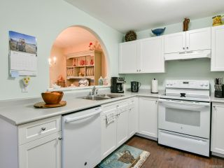 Photo 3: 23 251 McPhedran Rd in CAMPBELL RIVER: CR Campbell River Central Row/Townhouse for sale (Campbell River)  : MLS®# 808090