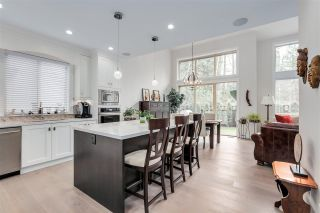"""Photo 3: 18 3103 160 Street in Surrey: Grandview Surrey Townhouse for sale in """"PRIMA"""" (South Surrey White Rock)  : MLS®# R2424792"""