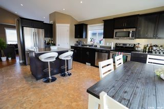Photo 2: 251 15th Street West in Battleford: Residential for sale : MLS®# SK850375