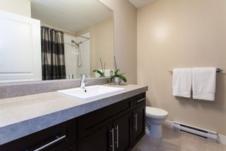"""Photo 14: 95 9525 204 Street in Langley: Walnut Grove Townhouse for sale in """"Time"""" : MLS®# R2104741"""