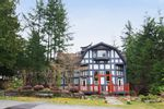 Property Photo: 40402 SKYLINE DR in Squamish