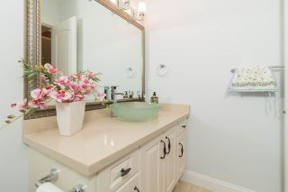 """Photo 5: 4146 GILPIN Crescent in Burnaby: Garden Village House for sale in """"GARDEN VILLAGE"""" (Burnaby South)  : MLS®# R2424746"""