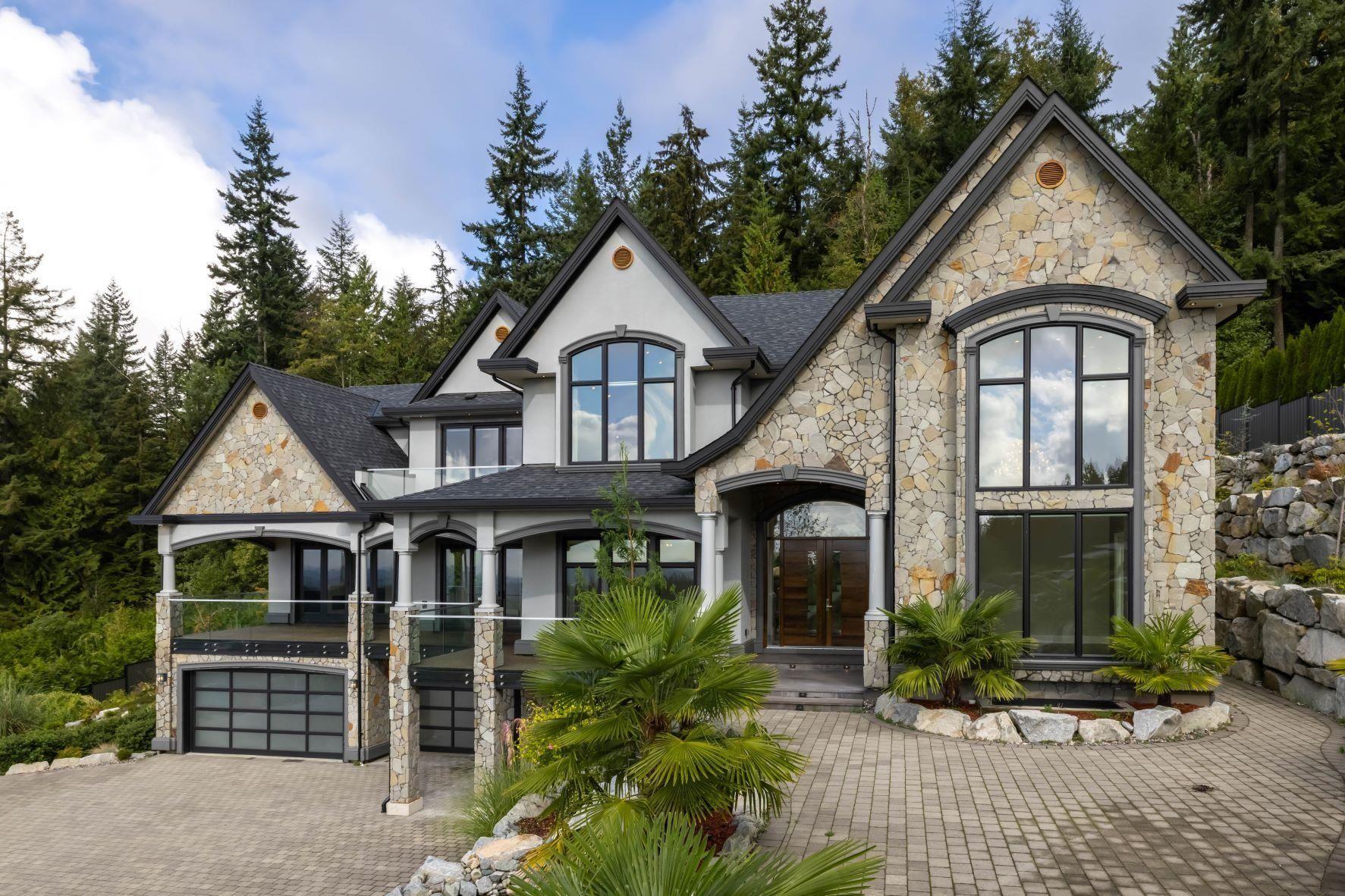 "Main Photo: 2030 RIDGE MOUNTAIN Drive: Anmore House for sale in ""Pinnacle Ridge Estates"" (Port Moody)  : MLS®# R2618761"