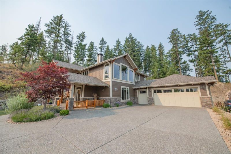 FEATURED LISTING: 253 Dormie Place Vernon