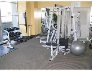 """Photo 9: 2103 438 SEYMOUR Street in Vancouver: Downtown VW Condo for sale in """"CONFERENCE PLAZA"""" (Vancouver West)  : MLS®# V804804"""