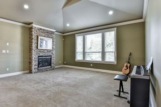 Photo 18: 9312 132A Street in Surrey: Queen Mary Park Surrey House for sale : MLS®# R2200039