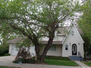 Photo 1: 313 Main Street in Wilkie: Residential for sale : MLS®# SK852059
