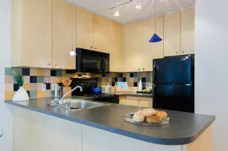 Photo 7: 907 819 HAMILTON STREET in 8-1-9 HAMILTON: Home for sale