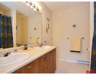 """Photo 7: 29 20176 68TH Avenue in Langley: Willoughby Heights Townhouse for sale in """"STEEPLECHASE"""" : MLS®# F2832539"""