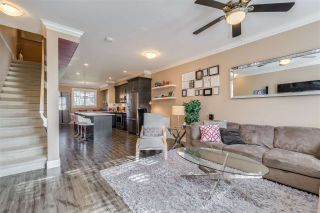"""Photo 4: 10 5957 152 Street in Surrey: Sullivan Station Townhouse for sale in """"PANORAMA STATION"""" : MLS®# R2423282"""