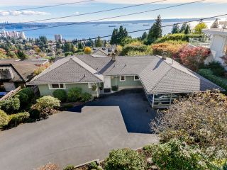 Photo 20: 2550 QUEENS Avenue in West Vancouver: Queens House for sale : MLS®# R2591491