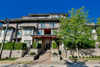"Photo 1: 501 7428 BYRNEPARK Walk in Burnaby: South Slope Condo for sale in ""GREEN"" (Burnaby South)  : MLS®# R2071467"