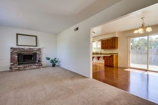 Photo 5: VISTA House for sale : 2 bedrooms : 1335 Foothill