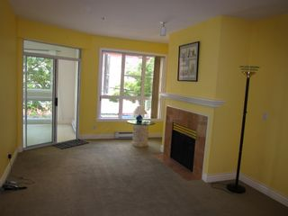 """Photo 6: 307 3621 W 26TH Avenue in Vancouver: Dunbar Condo for sale in """"Dunbar House"""" (Vancouver West)  : MLS®# R2390860"""