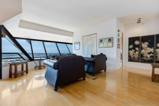 Photo 2: DOWNTOWN Condo for sale : 3 bedrooms : 230 W LAUREL STREET #1001 in San Diego