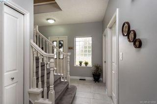 Photo 4: 1037 Leslie Dr in VICTORIA: SE Quadra Half Duplex for sale (Saanich East)  : MLS®# 816161