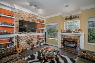 """Photo 2: 9 2951 PANORAMA Drive in Coquitlam: Westwood Plateau Townhouse for sale in """"STONEGATE ESTATES"""" : MLS®# R2622961"""