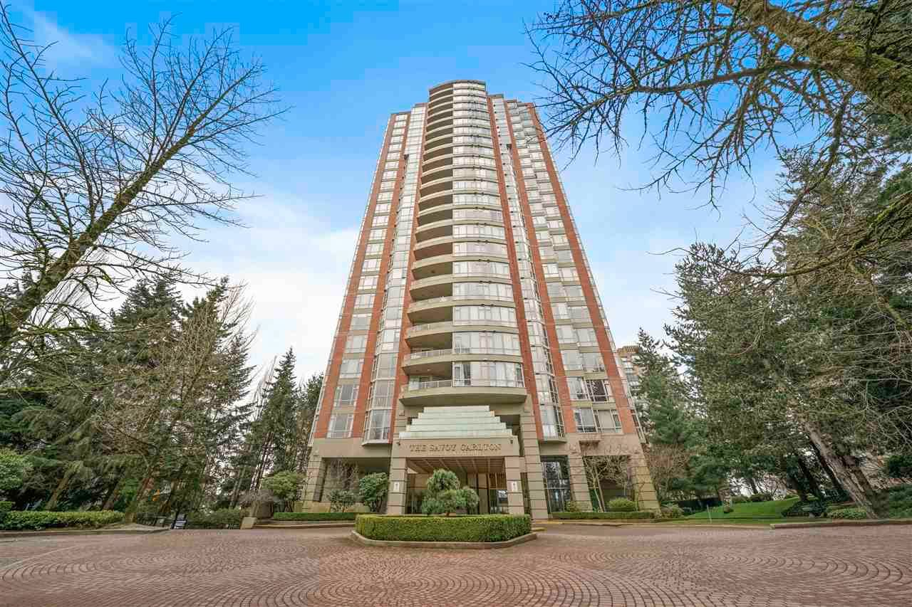 """Main Photo: 2402 6888 STATION HILL Drive in Burnaby: South Slope Condo for sale in """"SAVOY CARLTON"""" (Burnaby South)  : MLS®# R2561740"""