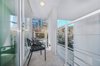 """Photo 14: 112 161 W GEORGIA Street in Vancouver: Downtown VW Townhouse for sale in """"COSMO"""" (Vancouver West)  : MLS®# R2575699"""
