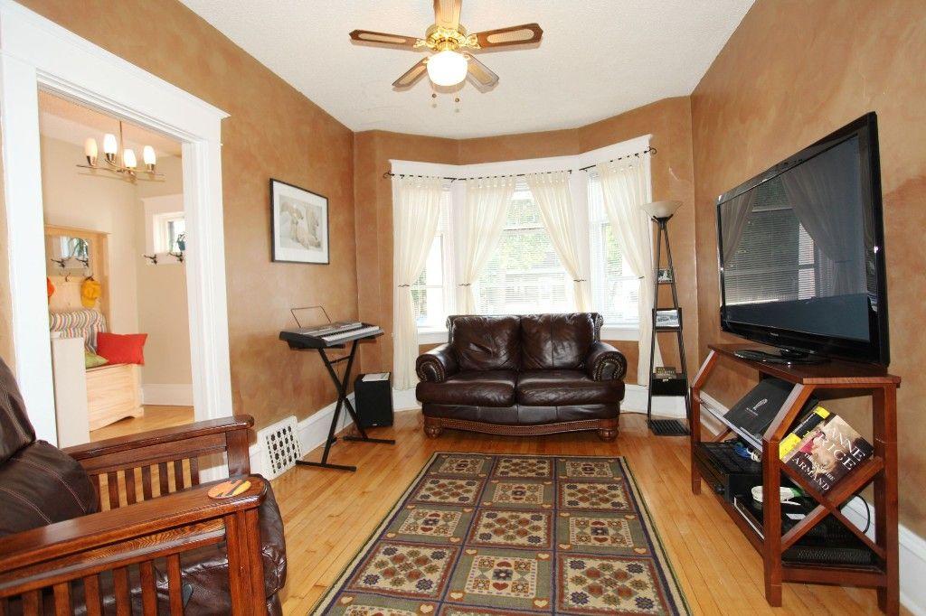 Photo 4: Photos: 475 CRAIG Street in WINNIPEG: WOLSELEY Single Family Detached for sale (West Winnipeg)  : MLS®# 1319451