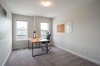 Photo 25: 224 Crestmont Drive SW in Calgary: Crestmont Detached for sale : MLS®# A1118392