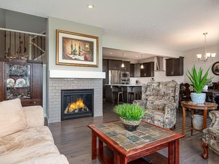 Photo 3: 46 RIVIERA Way: Cochrane Row/Townhouse for sale : MLS®# C4281559