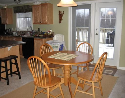 """Photo 5: Photos: 11 ROCKY MOUNTAIN Road in Fort_Nelson: Fort Nelson - Rural Manufactured Home for sale in """"SATENEH ESTATES"""" (Fort Nelson (Zone 64))  : MLS®# N179978"""