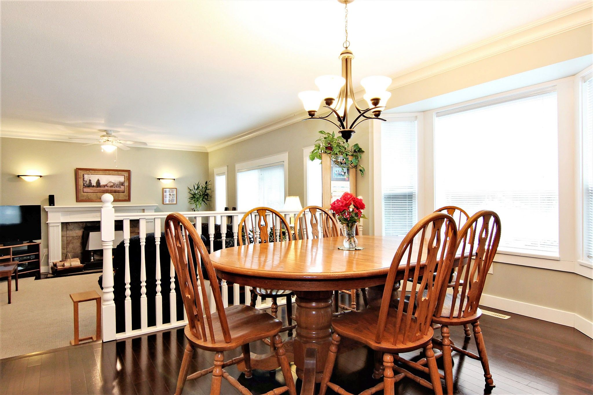Photo 8: Photos: 2946 CARDINAL Place in Abbotsford: Abbotsford West House for sale : MLS®# R2384404