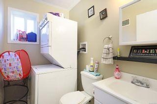 Photo 6: 680 23rd St in Courtenay: CV Courtenay City Full Duplex for sale (Comox Valley)  : MLS®# 871256