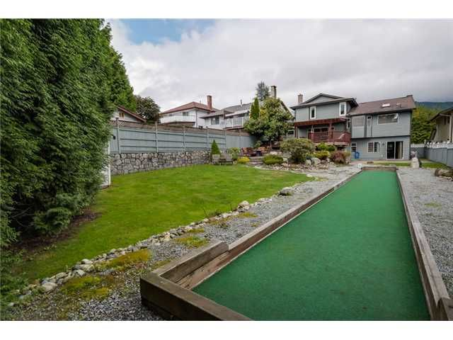 """Photo 18: Photos: 685 WILDING Place in North Vancouver: Tempe House for sale in """"TEMPE"""" : MLS®# V1087335"""