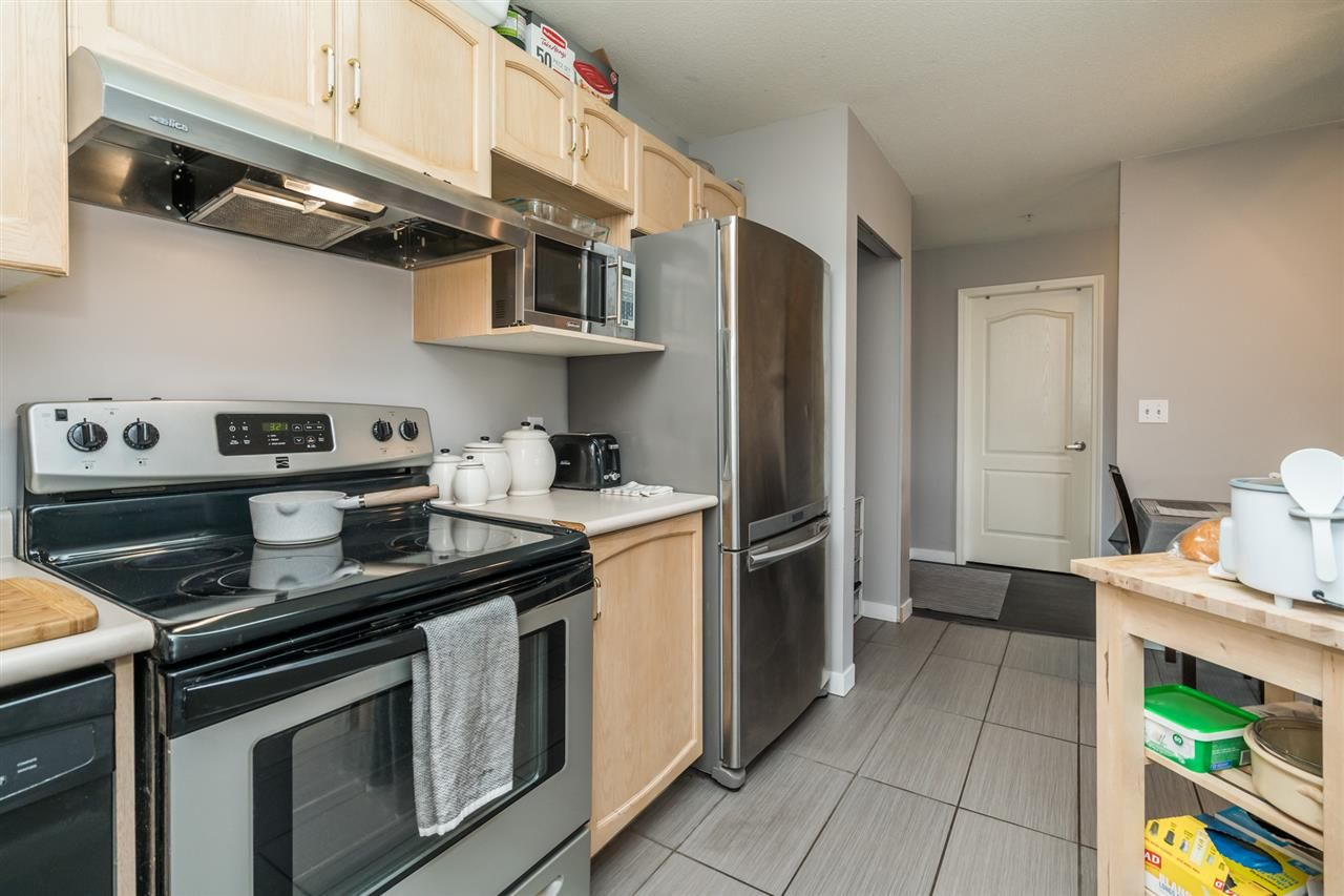 "Photo 14: Photos: 301 2958 TRETHEWEY Street in Abbotsford: Abbotsford West Condo for sale in ""Cascade Green"" : MLS®# R2500512"