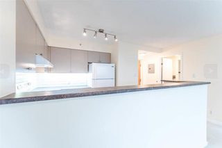 Photo 6: 707 1277 Nelson Street in Vancouver: West End VW Condo for sale (Vancouver West)  : MLS®# R2140105
