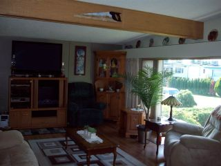 Photo 4: 9254 JAMES STREET in Chilliwack: Chilliwack E Young-Yale House for sale : MLS®# R2117891